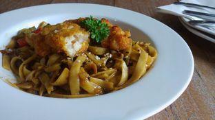 Foto 3 - Makanan di Milan Pizzeria Cafe oleh rishafar