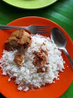 Foto 2 - Makanan di Nasi Uduk Kiko Sari oleh xufang