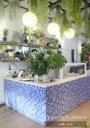 Foto 2 - Interior di The Local Garden oleh Selfi Tan