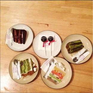 Foto - Makanan di Hummingbird Eatery oleh WIDYDIW