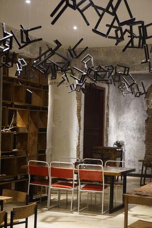 Foto 15 - Interior di Artivator Cafe oleh yudistira ishak abrar