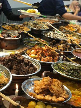 Foto 1 - Makanan di Nasi Kapau Juragan oleh Makan2 TV Food & Travel