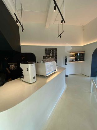 Foto 2 - Interior di After Friday Coffee oleh Richie Niclaus