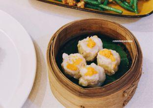 Foto 1 - Makanan di Ling Ling Dim Sum & Tea House oleh Indra Mulia