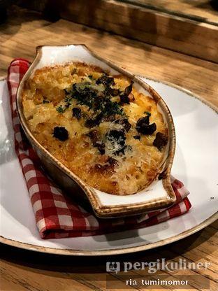 Foto 1 - Makanan di Kitchenette oleh Ria Tumimomor IG: @riamrt