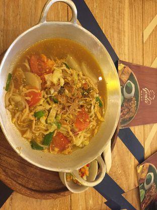 Foto 1 - Makanan(Mie Tek Tek) di Geulis The Authentic Bandung Restaurant oleh winna