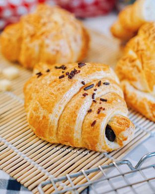 Foto 1 - Makanan di French Bakery oleh @kulineran_aja