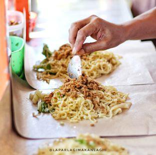 Foto 2 - Makanan(Mie Pangsit Jumbo) di Mie Gajah Mada oleh Ridwan MD