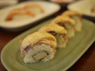 Foto 4 - Makanan di Umaku Sushi Resto oleh Maria Irene