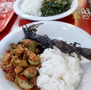 Foto review Warung Nasi Gudeg Bu Arif Prasmanan oleh denise elysia 1