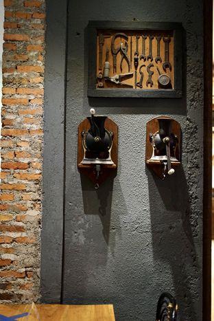Foto 14 - Interior di Chief Coffee oleh Riani Rin
