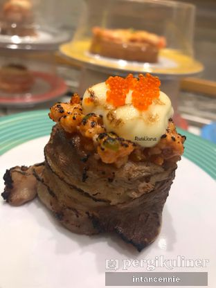 Foto 4 - Makanan di Sushi Go! oleh bataLKurus