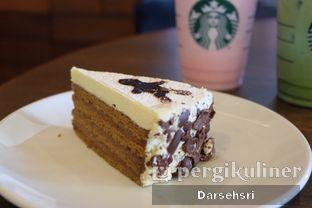 Foto 3 - Makanan di Starbucks Coffee oleh Darsehsri Handayani