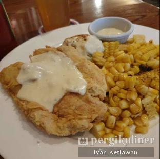 Foto - Makanan(Country Fried Chicken) di TGI Fridays oleh Ivan Setiawan