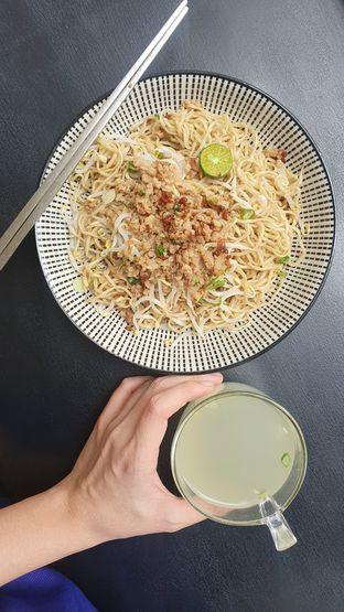 Foto 4 - Makanan di Bakmi Kohon Toboali oleh Naomi Suryabudhi