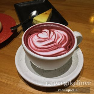 Foto - Makanan(Choco Red Velve) di Philip's Coffee oleh Monique @mooniquelie @foodinsnap