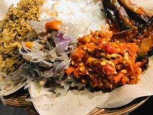 Foto 2 - Makanan di Master Nasi Pedas Bali oleh Levina JV (IG : @levina_eat & @levinajv)