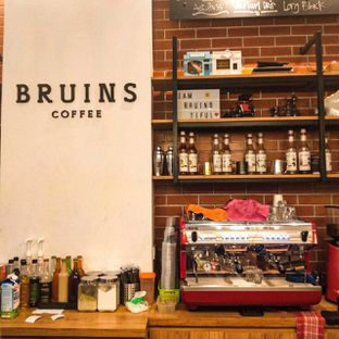 Foto review Bruins Coffee oleh duocicip  16