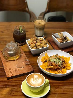 Foto review Komune Cafe oleh @stelmaris  1