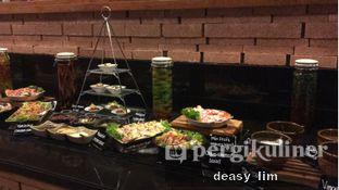 Foto 2 - Interior di OPEN Restaurant - Double Tree by Hilton Hotel Jakarta oleh Deasy Lim
