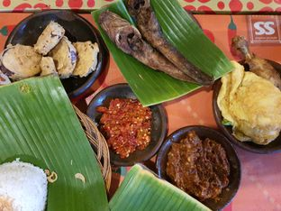 Foto - Makanan di Waroeng SS oleh Amrinayu