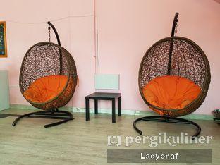 Foto 10 - Interior di Paws & Tails Dog Cafe oleh Ladyonaf @placetogoandeat