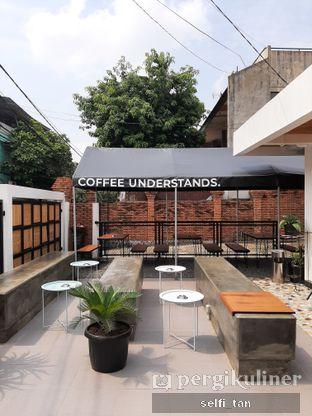 Foto 4 - Interior di Saturday Coffee 2.0 oleh Selfi Tan
