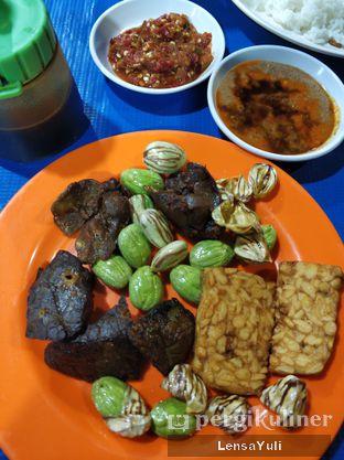 Foto 1 - Makanan di Nasi Uduk Kota Intan (Aweng) oleh Yuli  Setyawan