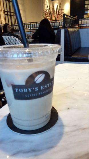 Foto 5 - Makanan(Ice Chai Latte) di Toby's Estate oleh YSfoodspottings