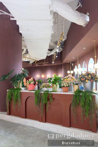 Foto 7 - Interior di 11:11 Coffee oleh Darsehsri Handayani