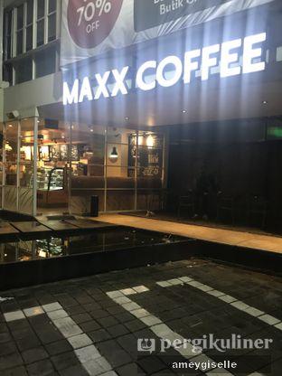 Foto 5 - Interior di Maxx Coffee oleh Hungry Mommy