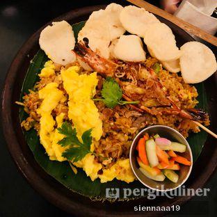Foto 2 - Makanan(Nasi Goreng Kampung) di Benedict oleh Sienna Paramitha