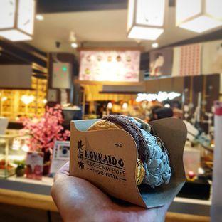Foto - Makanan(Black Sesame) di Hokkaido Icecream Puff oleh Eric  @ericfoodreview