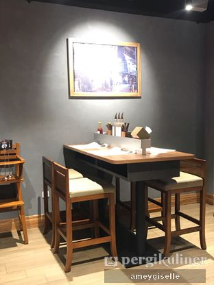 Foto 6 - Interior di J STEAK oleh Hungry Mommy