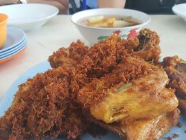 foto Rumah Makan Ibu Hj. Kokom