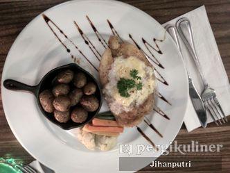 Foto Makanan di Beehive