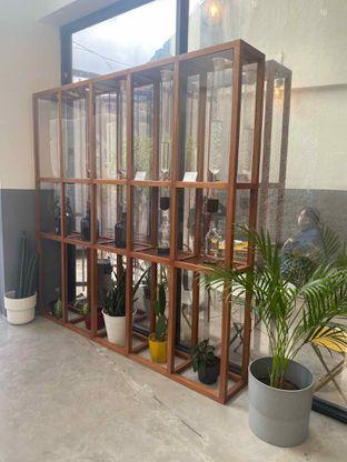 Foto 19 - Interior di Drips Coffee oleh Levina JV (IG : @levina_eat & @levinajv)