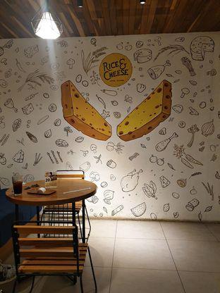 Foto 2 - Interior di Rice & Cheese oleh ruth audrey