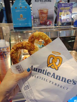 Foto 1 - Makanan di Auntie Anne's oleh Sisil Kristian