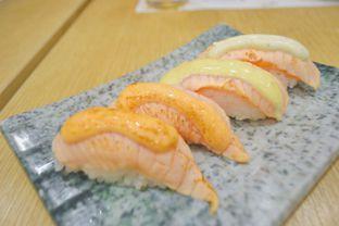 Foto 5 - Makanan di Itacho Sushi oleh IG: biteorbye (Nisa & Nadya)