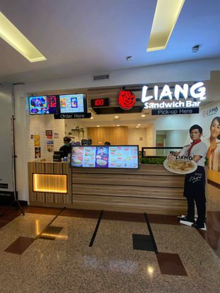 Foto 7 - Eksterior di Liang Sandwich Bar oleh Riani Rin