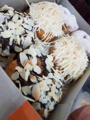 Foto 4 - Makanan di Ivy Donuts oleh Amrinayu