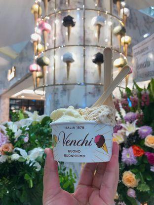 Foto 2 - Makanan di Venchi oleh Riris Hilda
