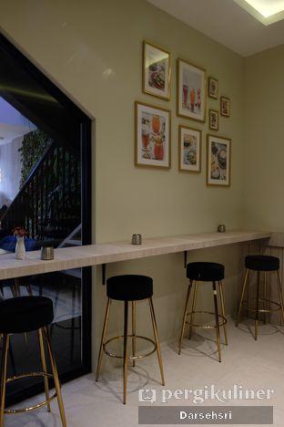Foto 10 - Interior di Kavove Cafe oleh Darsehsri Handayani