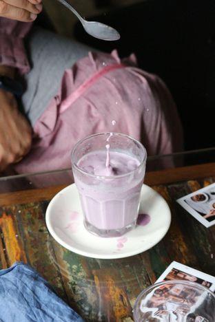 Foto 9 - Makanan di 7AM Coffee oleh Opie Quqisqu