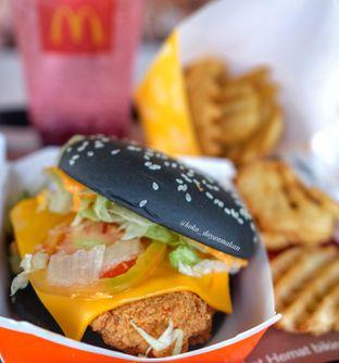 Foto 2 - Makanan di McDonald's oleh om doyanjajan