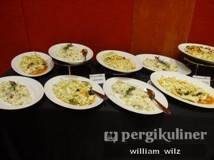 Foto 6 - Makanan di Plumeria Lounge - Hotel Grand Mercure Kemayoran oleh William Wilz