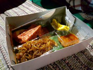 Foto 2 - Makanan di Nasi Campur Bu Ida oleh El Yudith