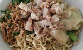 Mie Ayam Si Jempol