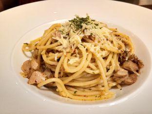 Foto 2 - Makanan(Spagetti oglio olio) di The Bunker Cafe oleh Komentator Isenk